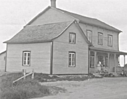 Vers 1940, la maison de Philippe Bergeron et Amabilis Germain